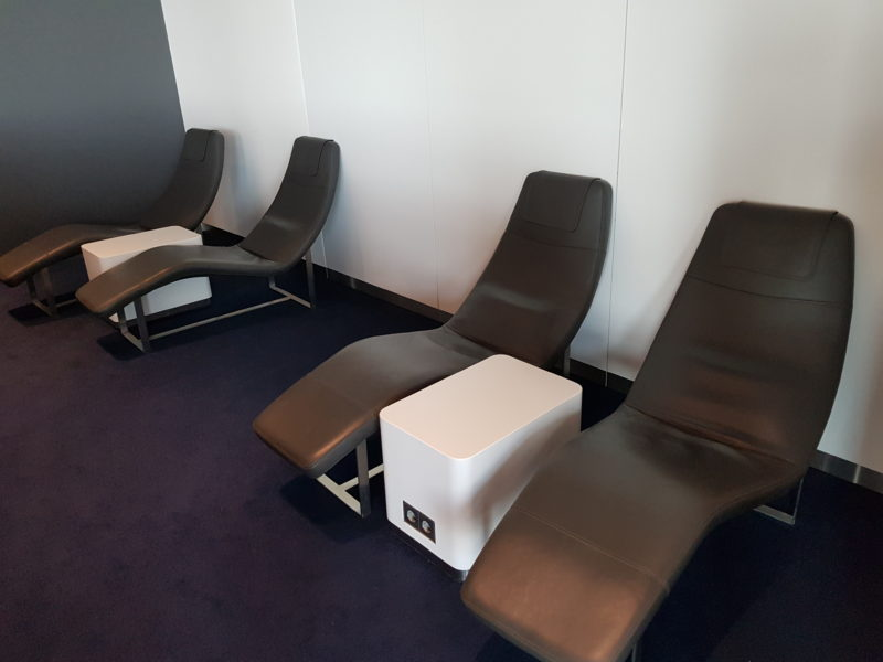 Relaxing Chairs in Lufhansa business class lounge