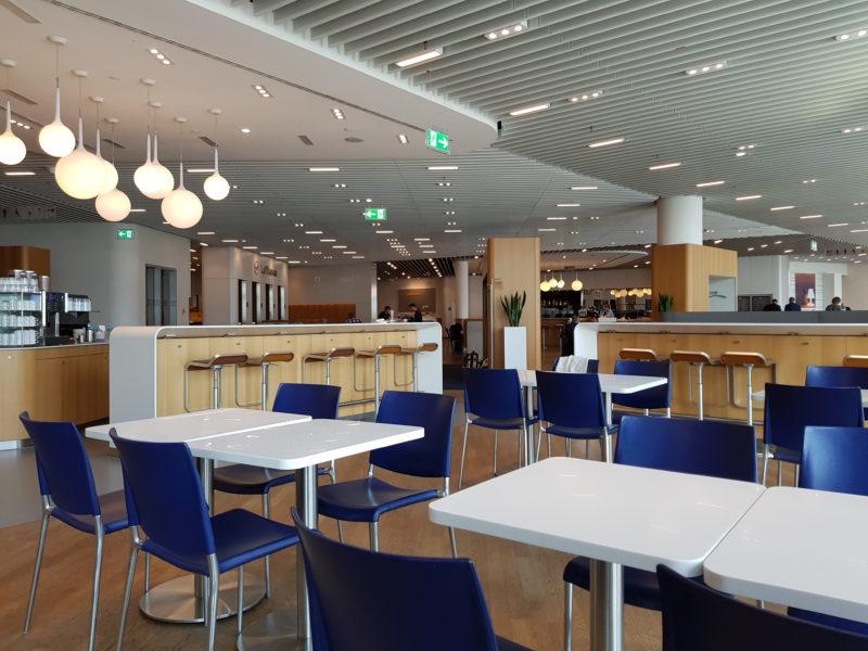 Lufthansa dining tables Frankfurt