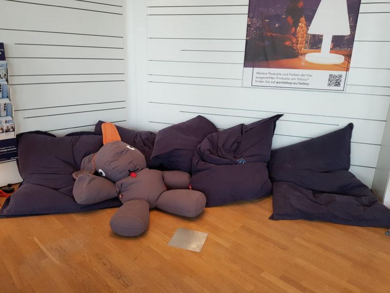 Lufthansa business class lounge kids corner