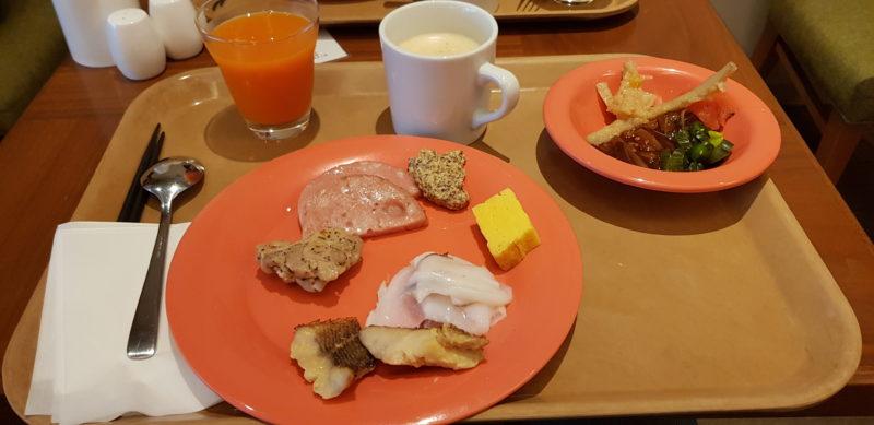 Review ibis styles sapporo, breakfast