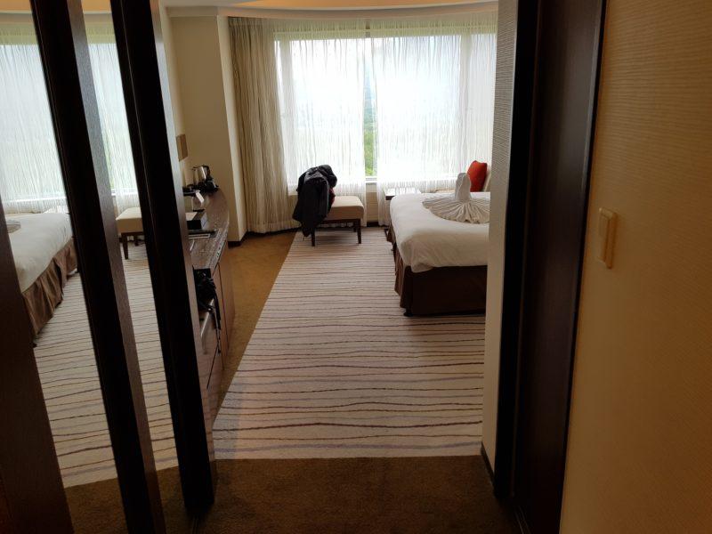 Review Hilton Niseko Village, entrance