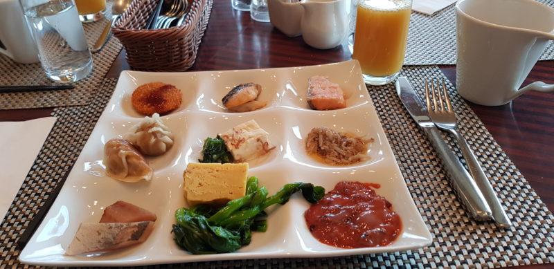 Review Hilton Niseko Village, brrakfast