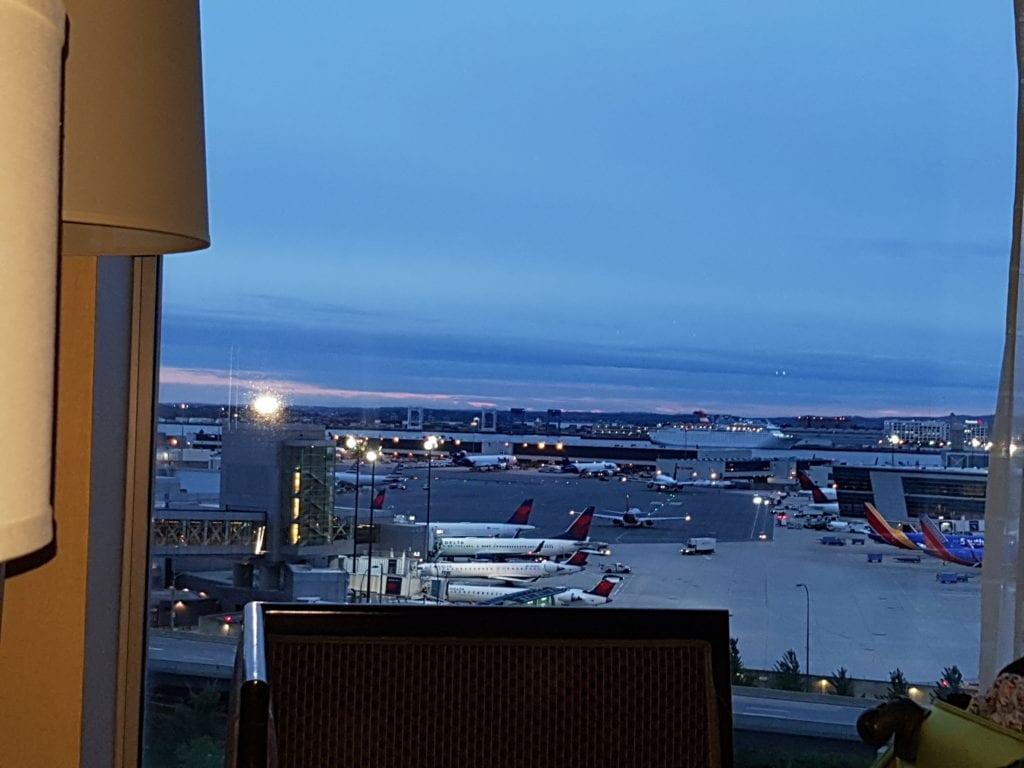review hilton boston airport