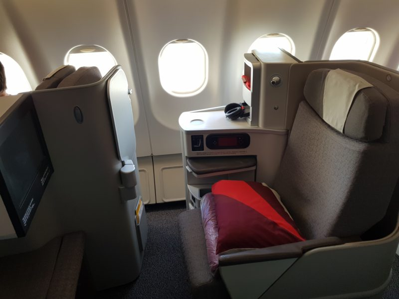 flight review iberia business class miami to madrid a330 300 premium flights com iberia business class miami to madrid
