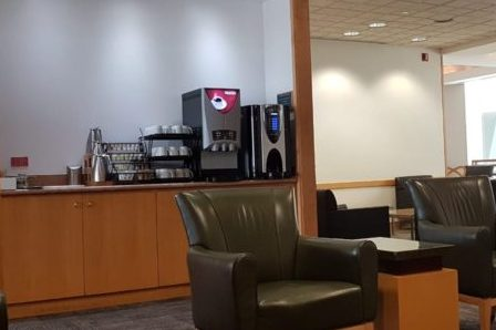 review American Airlines Admirals Club Miami