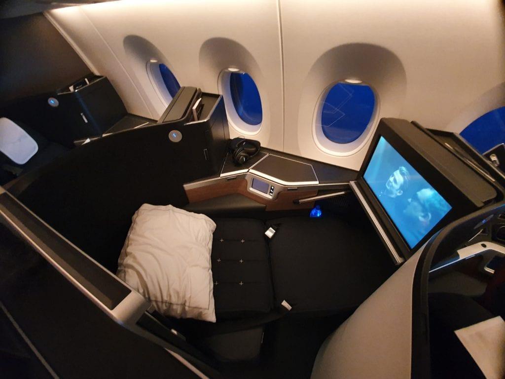 club suite bed