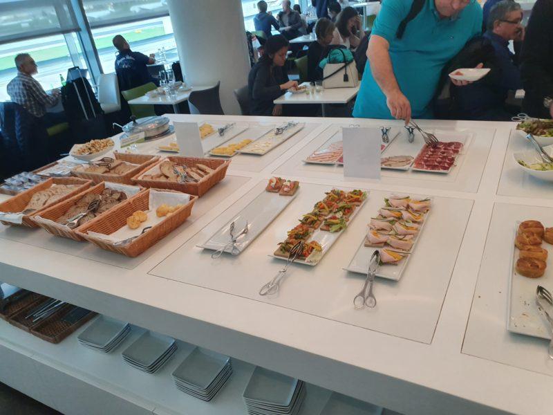 Food TAP Premium Lounge Lisbon