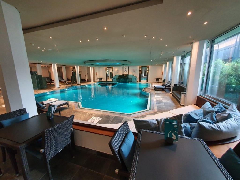 Westin Grand Munich review pool
