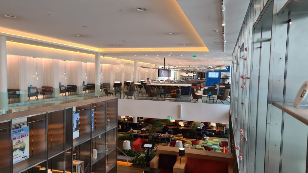 amsterdam crown lounge covid overview