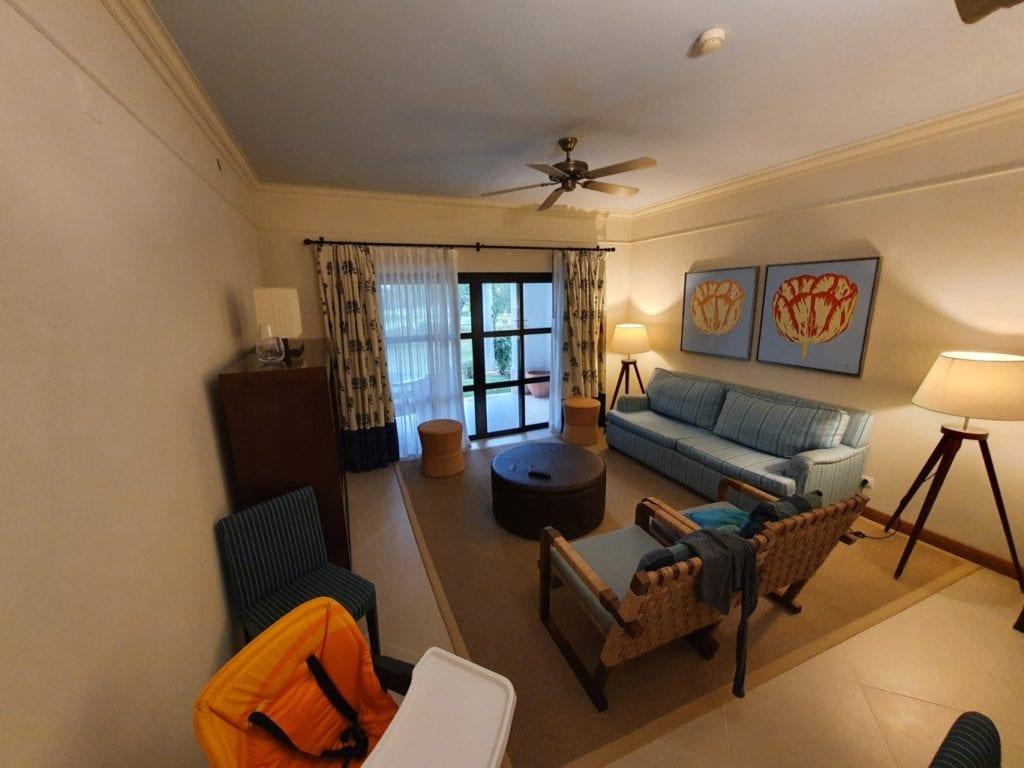 Pine Cliffs Resort living