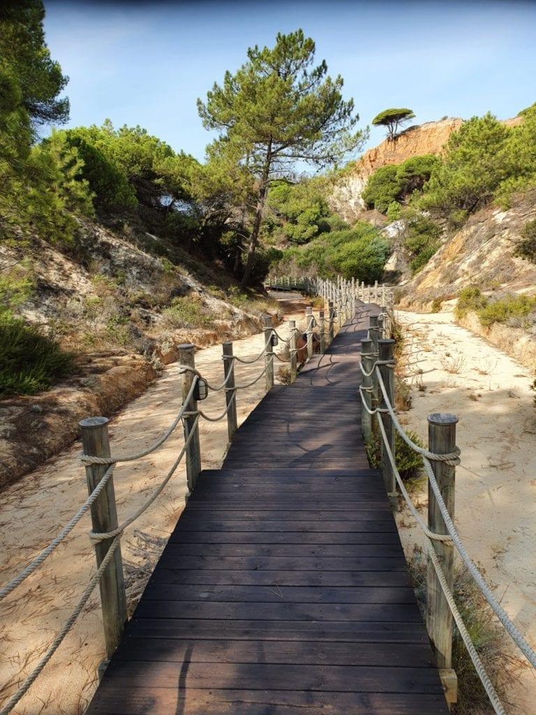 Pine Cliffs Resort beach access
