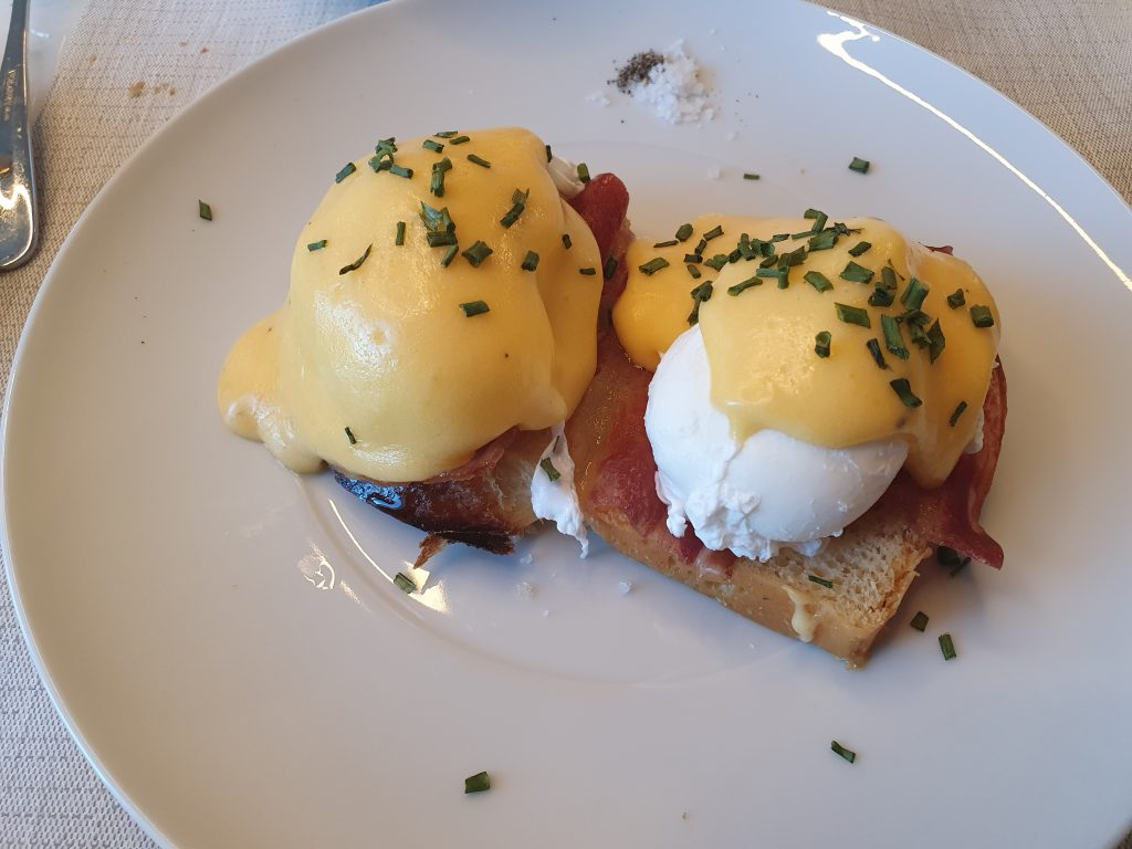 review hilton porto breakfast