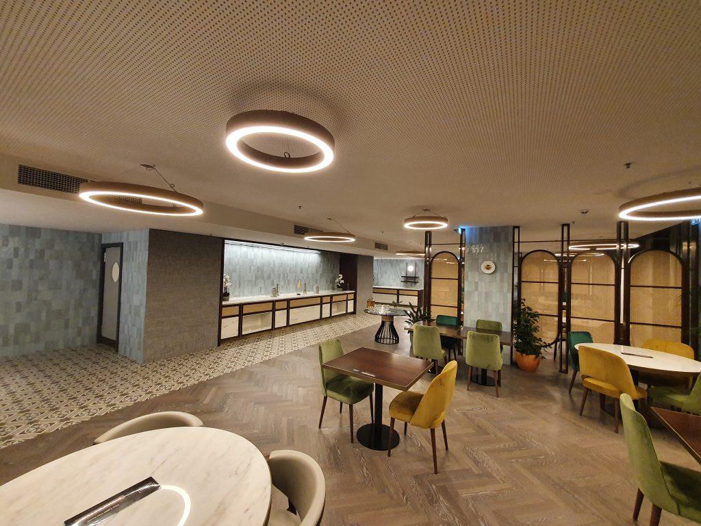 review Boeira Garden Hotel Porto Gaia, Curio Collection by Hilton restaurant
