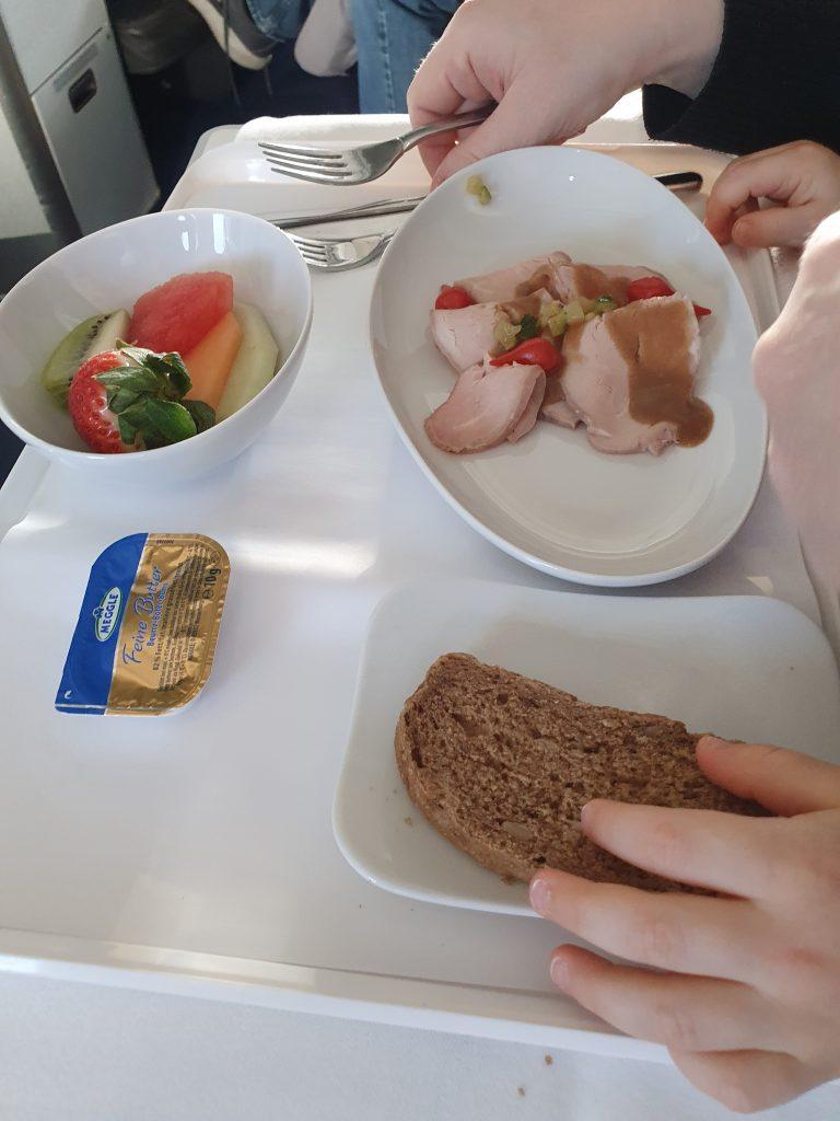review Lufthansa Business class food