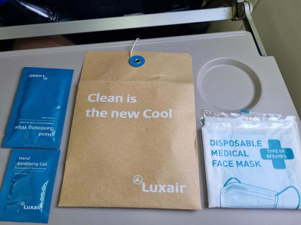 Review Luxair Business Class covid kit
