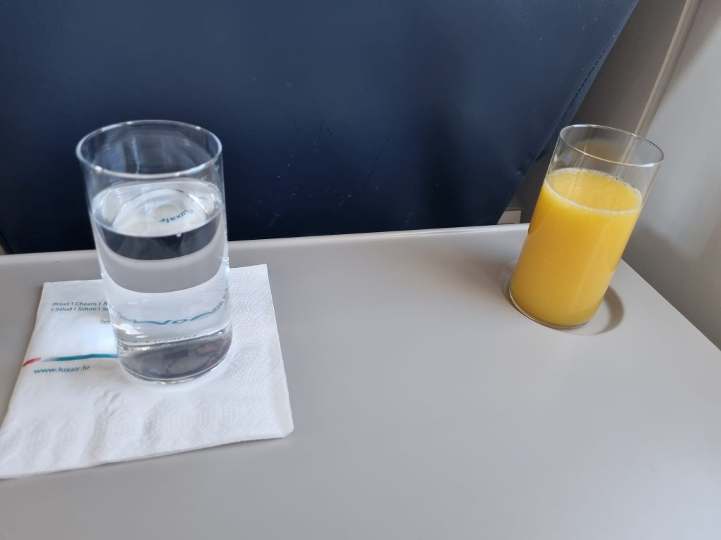 Review Luxair Business Class drinks