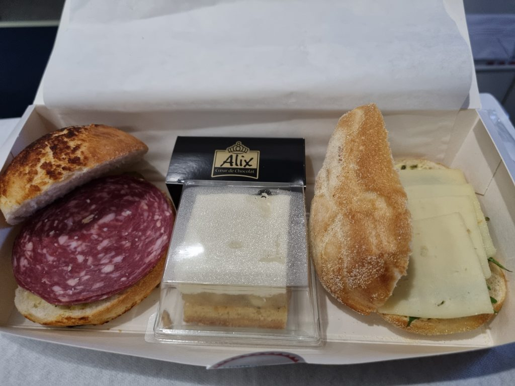 Review Luxair Business Class Dinner
